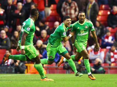 Jermain Defoe earned Sunderland a 2-2 draw at Liverpool