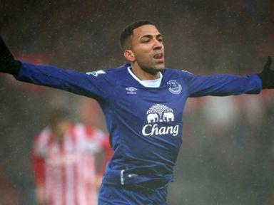 Aaron Lennon of Everton celebrates