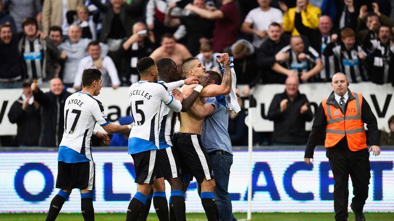 Aleksandar Mitrovic earned Newcastle a point in the Tyne-Wear derby