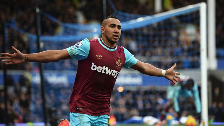 West Ham's Dimitri Payet celebrates his 90th-minute winning goal against Everton