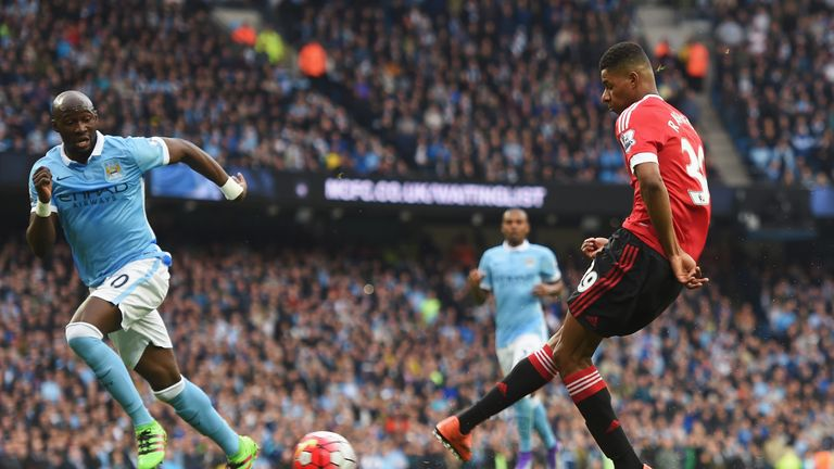 Rashford opens the scoring for Manchester United at the Etihad
