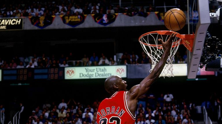 Michael Jordan's previous record spanned from 1986 to 2001
