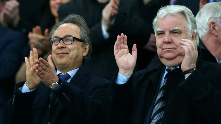 Everton's major investor Farhad Moshiri (l) attended his first match alongside chairman Bill Kenwright (r)