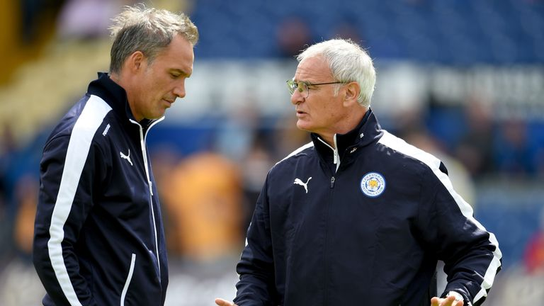 Paolo Benetti discusses tactics with Claudio Ranieri ahead of a preseason friendly