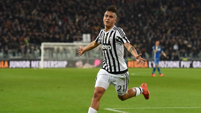 Paulo Dybala celebrates his winning goal