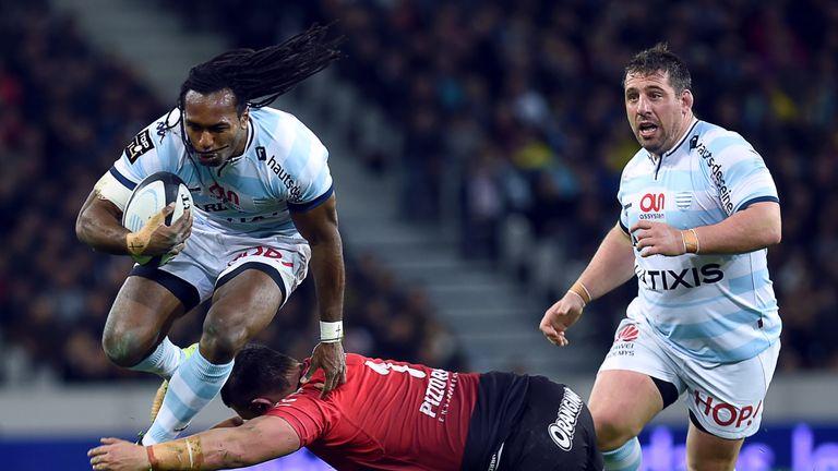 Albert Vulivuli jumps to evade Toulon prop Alexandre Menini