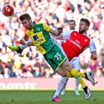 Ivo-pinto-olivier-giroud-arsenal-norwich-city-premier-league_3458335