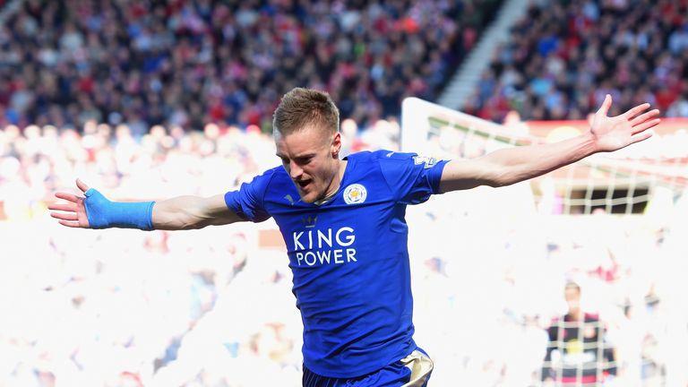 Jamie Vardy bagged a doublein Sunday's 2-0 win at Sunderland
