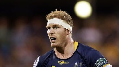 Brumbies flanker David Pocock has signed a three-year contract to play in Japan