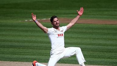 Ryan ten Doeschate helped Essex thrash Northants