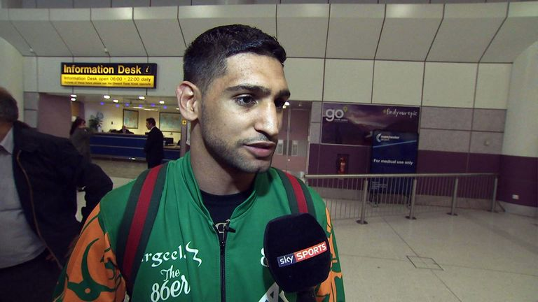 Amir Khan has sent a message of support to Kell Brook