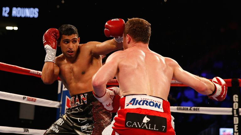 Khan's combinations saw him ahead on the scorecards