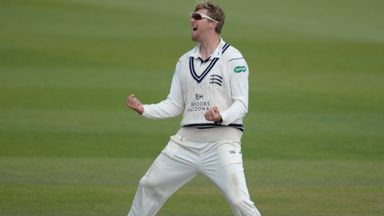 Ollie Rayner ran through the Yorkshire tail to earn Middlesex a first win