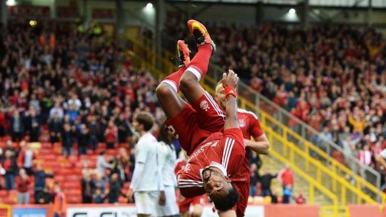 Defender Shay Logan signs deal to stay at Aberdeen until 2020
