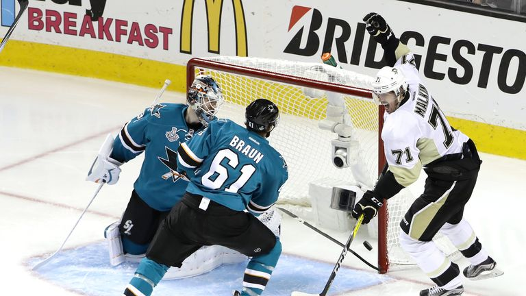 Evgeni Malkin (right) celebrates after scoring Pittsburgh's second in Game Four