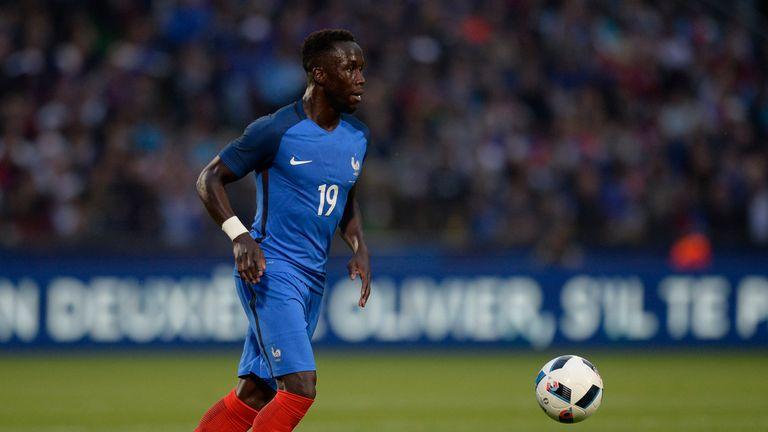 France-defender-bacary-sagna_3480658