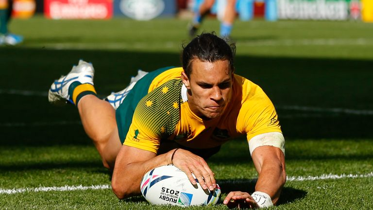 Leicester's Matt Toomua out for six months with serious knee injury