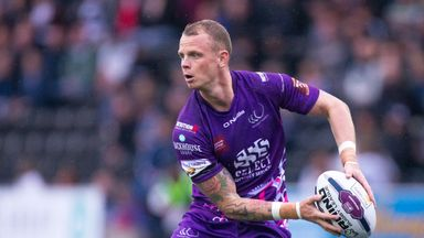Widnes captain Kevin Brown has joined Warrington