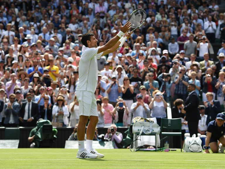 Djokovic eases to first Wimbledon win
