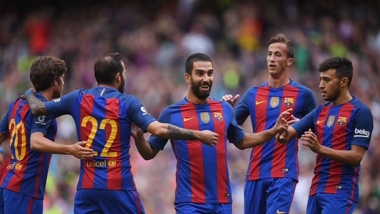Arda Turan joins Istanbul Basaksehir from Barcelona on loan deal class=