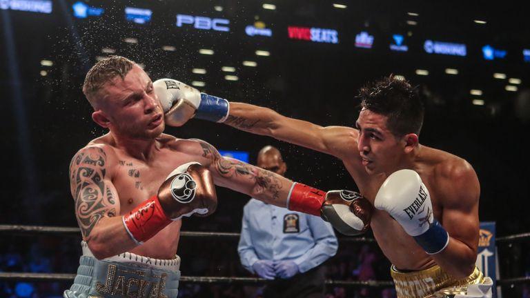 Leo Santa Cruz (R) and Carl Frampton fought out a classic