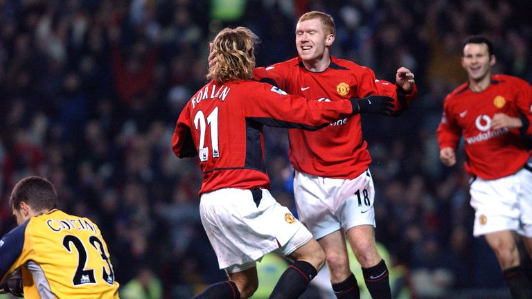 Forlan says Scholes was the best player he has ever played with