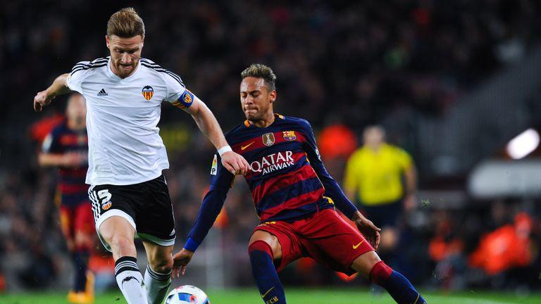 neymar-mustafi-valencia_3754006.jpg