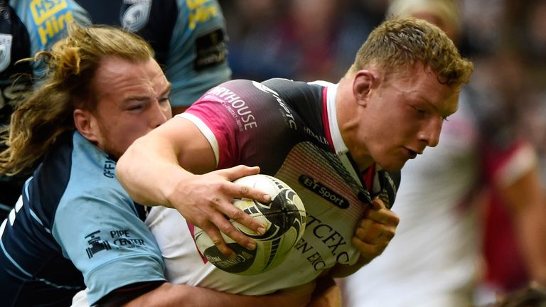 Sam Underhill (R) is leaving the Ospreys to join Bath