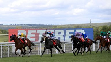 Franklin D (left) and Ryan Moore land a huge gamble in the Betfred Mile from Master The World.