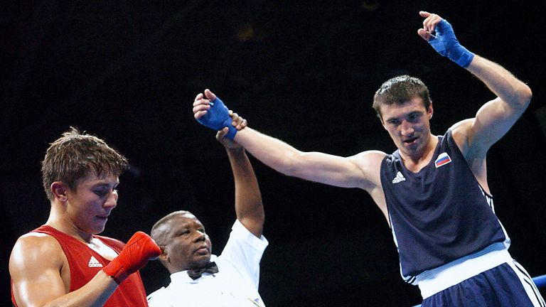 GGG lost the 2004 Olympic final to Gaydarbek Gaydarbekov (R)