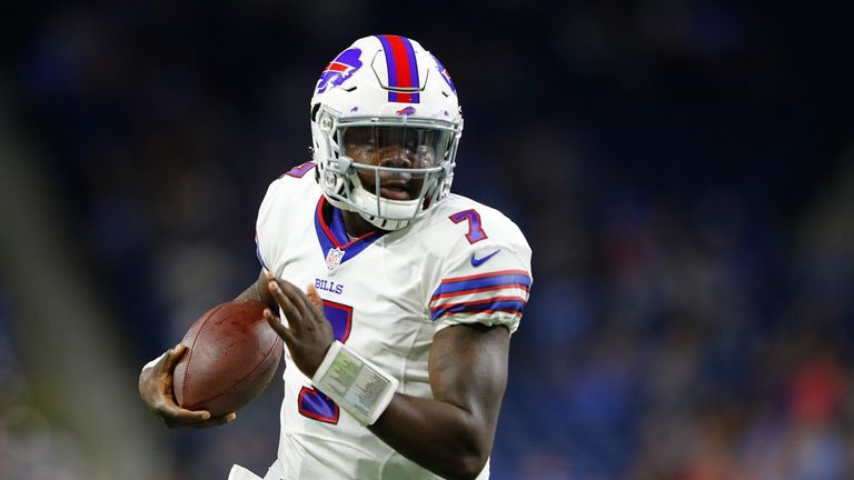 Chargers acquire QB Jones from Bills