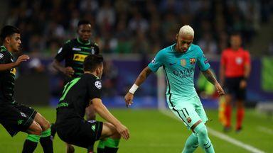 Neymar (R) in action against Borussia Monchengladbach