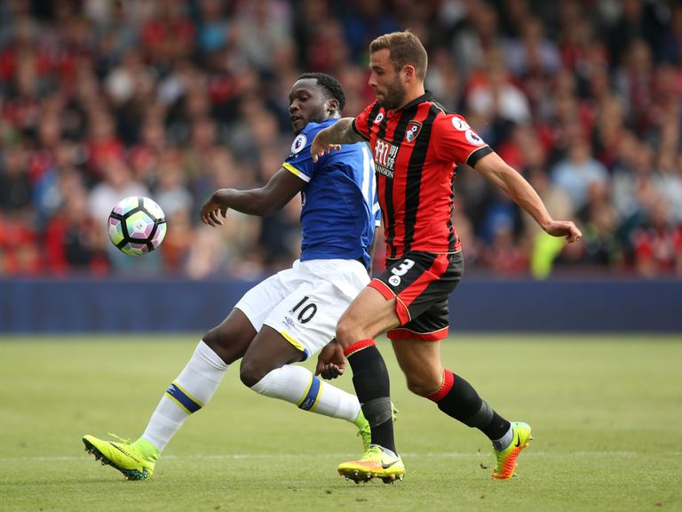 Bournemouth end Everton's unbeaten start in EPL