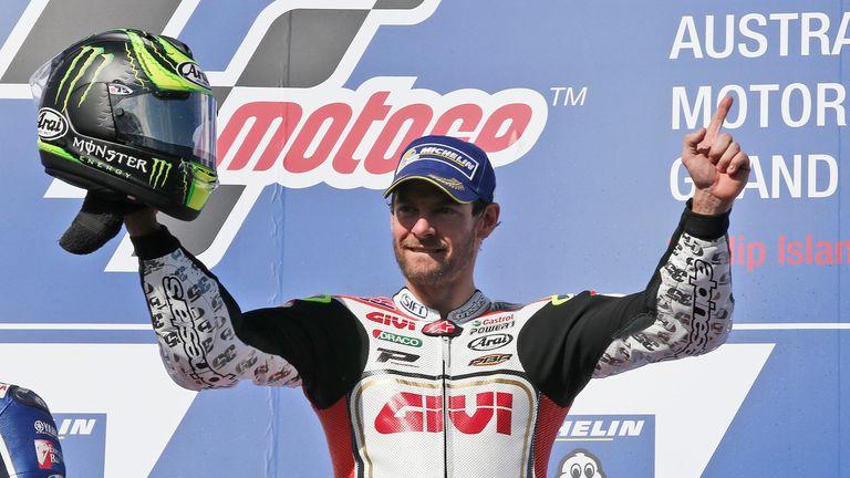 Crutchlow gana la carrera tras la caída de Márquez