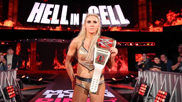Resultado de imagem para charlotte wwe women champion hell in a cell 2016