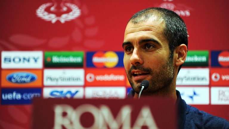Pep Guardiola speaks to the press before the 2009 Champions League final
