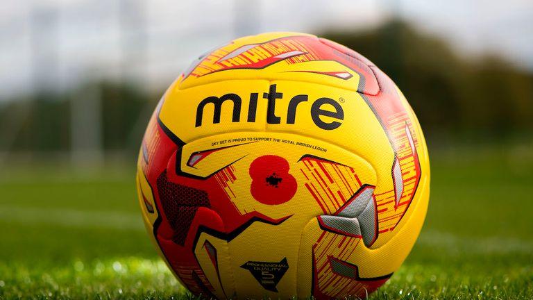 Skysports-sky-bet-poppy-appeal-match-ball_3817789