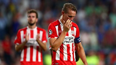 EINDHOVEN, NETHERLANDS - SEPTEMBER 13:  Luuk de Jong of PSV Eindhoven applauds the supporters following defeat in the UEFA Champions League Group D match b