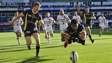 Clermont's Fijian wing Noa Nakaitaci scores a try against Bordeaux Begles