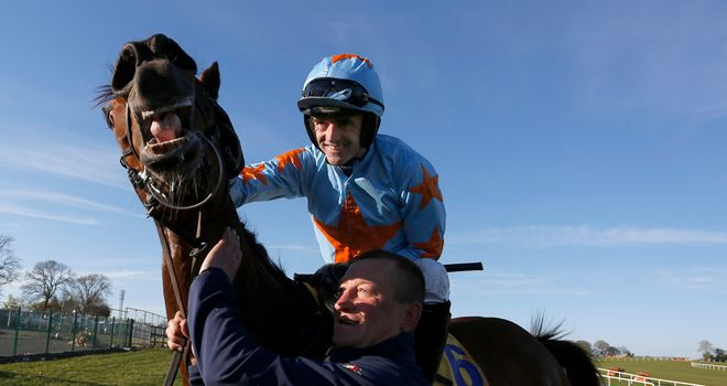 Ruby Walsh will be riding Un De Sceaux at Sandown