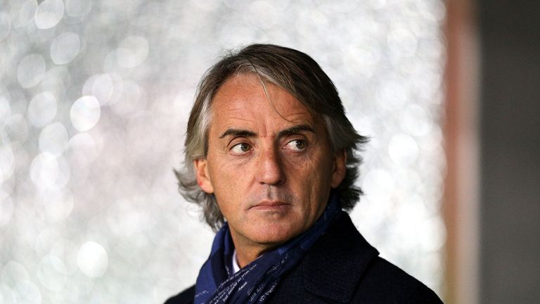 Roberto Mancini looks on during the Serie A match between Udinese and Inter Milan