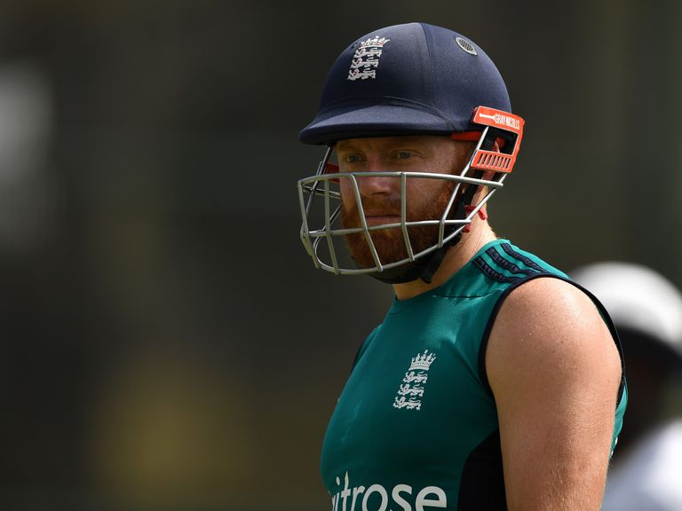 England stutter after Bangladesh collapse