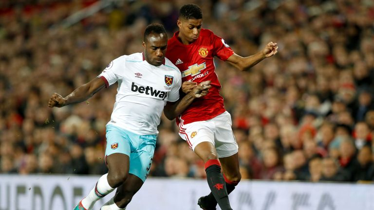West Ham claimed a 1-1 draw at Old Trafford in the Premier League on Sunday