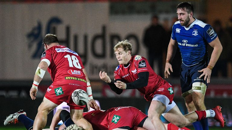 Davies endured a frustrating end to the season at club level and was left out of the Scarlets' matchday squad for the PRO12 final