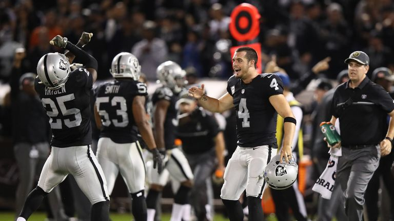 Derek Carr left week 12 with a dislocated finger but returned lead his team to a 35-32 win