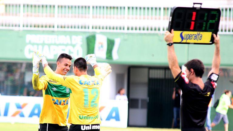 Nivaldo (#12) could still play his 300th game for Chapecoense - No 1 'keeper Danilo (L) died in Tuesday's crash