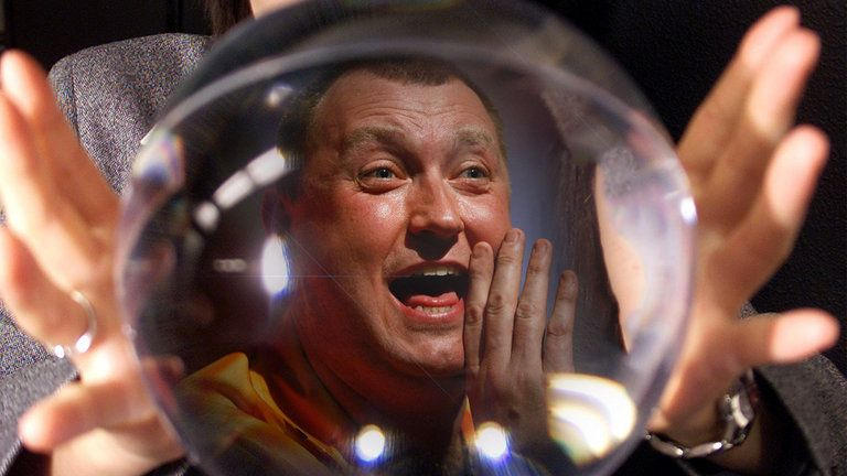 Wayne Mardle reveals who he thinks will win the Premier League and who pinches the final play-off place