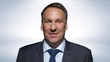 fifa live scores - Paul Merson's predictions: Manchester United v Liverpool and Newcastle v Southampton