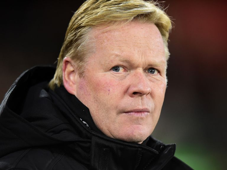 Everton predicted line-up: Maarten Stekelenburg out of Hull clash