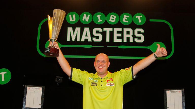 Michael van Gerwen aims to win hat-trick of Unibet Masters titles